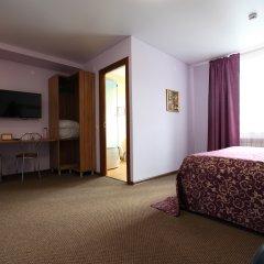 Гостиница Два крыла Стандартный семейный номер с различными типами кроватей фото 7
