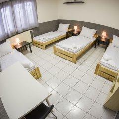 Хостел Seven Prague Номер категории Эконом с различными типами кроватей