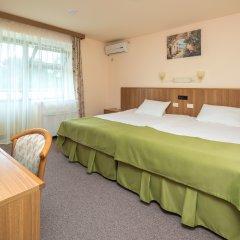 Гостиница Alean Family Resort & SPA Riviera 4* Стандартный семейный номер с разными типами кроватей фото 3