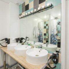 Nice Hostel Павелецкая Номер с общей ванной комнатой с различными типами кроватей (общая ванная комната) фото 7