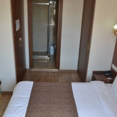 Отель Fatih İstanbul комната для гостей фото 7