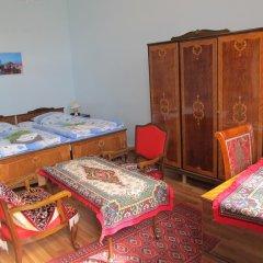 Отель Хостел Artush & Raisa B&B Армения, Гюмри - отзывы, цены и фото номеров - забронировать отель Хостел Artush & Raisa B&B онлайн развлечения