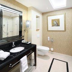 Hotel Kings Court 5* Улучшенный номер с различными типами кроватей фото 3