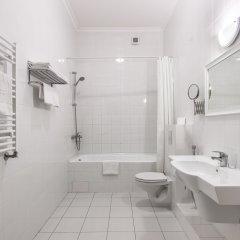 Гостиница Бристоль 4* Стандартный номер с двуспальной кроватью фото 4