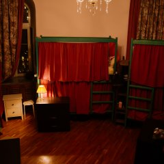 Хостел Камчатка Кровать в женском общем номере с двухъярусными кроватями