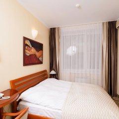 Гостиница Для Вас 4* Стандартный семейный номер с двуспальной кроватью