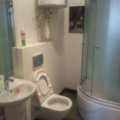 Гостиница Алмаз у Мостов 3* Номер Эконом разные типы кроватей (общая ванная комната) фото 11