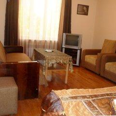Отель Уютная квартира на перекрестке улиц Абовяна и Саят Новы комната для гостей фото 5