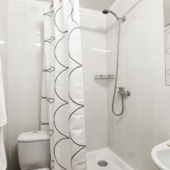 Гостиница Волга 2* Номер Эконом с разными типами кроватей фото 6