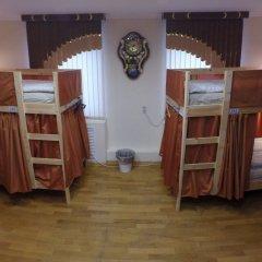 Гостиница Майкоп Сити Кровать в общем номере с двухъярусной кроватью фото 23