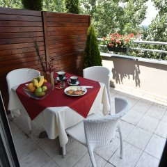 Отель Balkan Garni Сербия, Белград - 4 отзыва об отеле, цены и фото номеров - забронировать отель Balkan Garni онлайн балкон