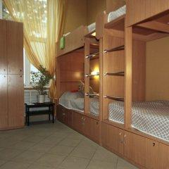 Hostel Podvorie Кровать в общем номере с двухъярусной кроватью фото 7