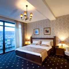 Laerton Hotel Tbilisi 4* Улучшенный номер с двуспальной кроватью фото 4