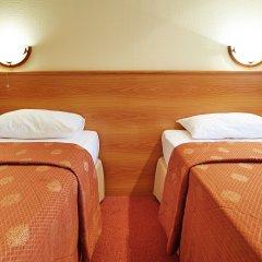 Гостиница Евроотель Ставрополь 4* Номер Бизнес с 2 отдельными кроватями фото 2