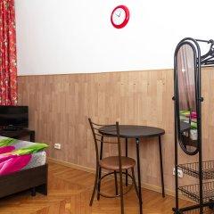 Гостиница ALLiS HALL в Екатеринбурге - забронировать гостиницу ALLiS HALL, цены и фото номеров Екатеринбург комната для гостей фото 3