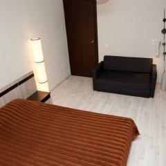 Гостиница Avrora Centr Guest House Стандартный семейный номер с двуспальной кроватью фото 5