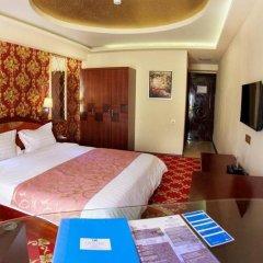 Отель Cron Palace Tbilisi 4* Стандартный номер фото 8