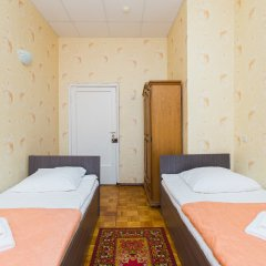 Гостиница Гостиный Дом Визитъ Кровать в общем номере с двухъярусной кроватью фото 4