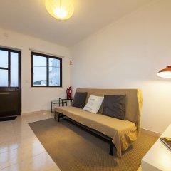 Отель B16 - Casa dos Montes in Alvor Португалия, Портимао - отзывы, цены и фото номеров - забронировать отель B16 - Casa dos Montes in Alvor онлайн комната для гостей