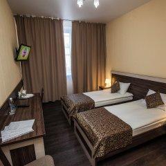 Гостиница FOX в Барнауле 5 отзывов об отеле, цены и фото номеров - забронировать гостиницу FOX онлайн Барнаул комната для гостей фото 5