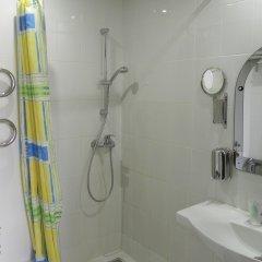 Гостиница Изумруд 2* Улучшенный номер разные типы кроватей фото 12