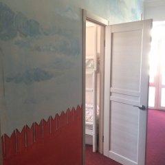Goldfish Hostel Номер Эконом с разными типами кроватей (общая ванная комната) фото 6