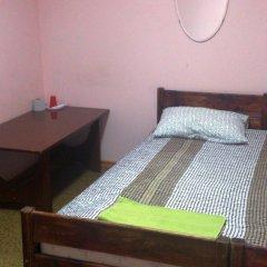Мини-отель Лира Номер с общей ванной комнатой с различными типами кроватей (общая ванная комната) фото 10