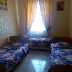 Отель Lotus 2* Кровать в общем номере фото 5