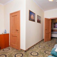 Гостиница Для Вас 4* Стандартный семейный номер с двуспальной кроватью фото 8