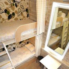 Хостел Казанское Подворье Кровать в мужском общем номере с двухъярусной кроватью фото 3