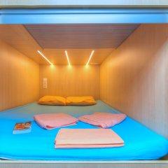 Хостел Boxtel Улучшенный капсульный номер с различными типами кроватей