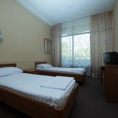 Гостиница Профспорт 2* Номер категории Эконом с тремя односпальными кроватями фото 2