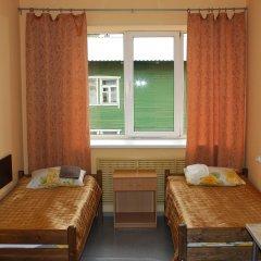 Мини-Отель Петрозаводск 2* Номер с общей ванной комнатой с различными типами кроватей (общая ванная комната)