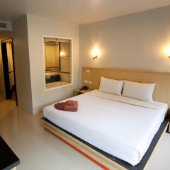 Отель Patong Pearl Resortel комната для гостей фото 13