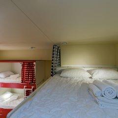 Гостиница HQ Hostelberry Кровать в общем номере двухъярусные кровати фото 19