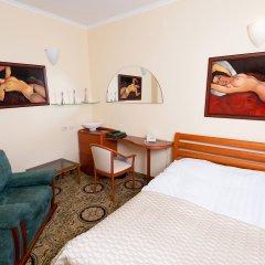 Гостиница Для Вас 4* Стандартный семейный номер с двуспальной кроватью фото 2