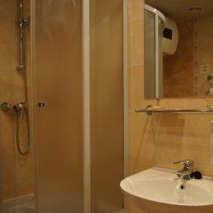 Бизнес-отель Богемия Стандартный номер с различными типами кроватей фото 27