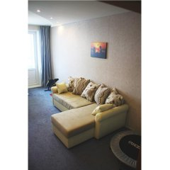 Гостиница Два этажа VIP Квартира в Химках отзывы, цены и фото номеров - забронировать гостиницу Два этажа VIP Квартира онлайн Химки комната для гостей фото 5
