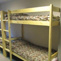 Хостел 4&4 Кровать в общем номере фото 3