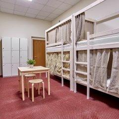 Centeral Hotel & Hostel Кровать в общем номере фото 8