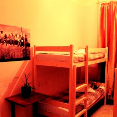 Хостел Любимый Кровати в общем номере с двухъярусными кроватями фото 13