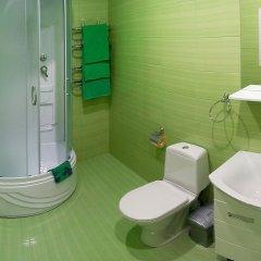 Мини-отель Банановый рай Люкс с разными типами кроватей фото 5