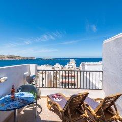 Отель SeaShells Sea View Studio-Penthouse Мальта, Буджибба - отзывы, цены и фото номеров - забронировать отель SeaShells Sea View Studio-Penthouse онлайн балкон фото 3