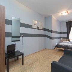 Мини-Отель Компас Номер с общей ванной комнатой с различными типами кроватей (общая ванная комната) фото 8