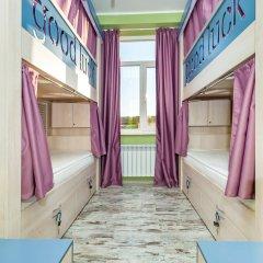 Хостел Good Luck Кровать в общем номере с двухъярусной кроватью