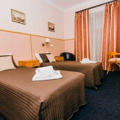 Гостиница Стасов 3* Стандартный номер с двуспальной кроватью (общая ванная комната) фото 2