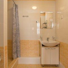 Гостиница Бизнес-Турист Улучшенный номер с различными типами кроватей фото 11