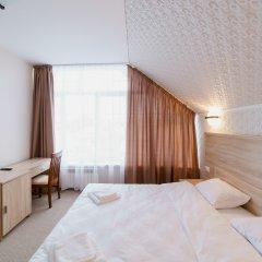 Гостиница Balmont 2* Улучшенный номер с двуспальной кроватью фото 4