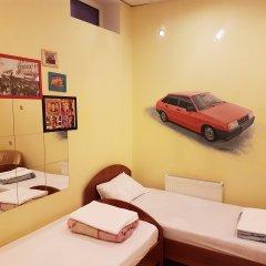 Hostel RETRO Кровать в общем номере с двухъярусной кроватью фото 4