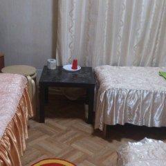 Мини-отель Лира Номер с общей ванной комнатой с различными типами кроватей (общая ванная комната) фото 9